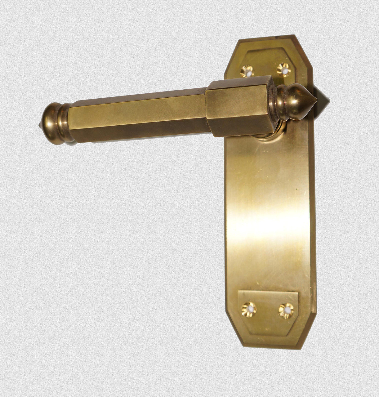 Ручка дверная поворотная Шестигранная на пластине, арт: 02-036