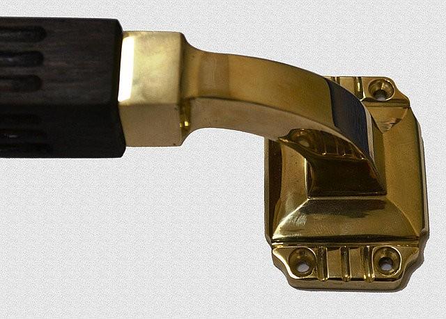 Дверная ручка опорная Парадная с каннелюрами, арт: 01-006