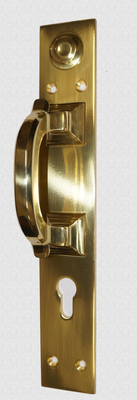 Дверная ручка Скоба на пластине с ключевиной, арт: 01-023